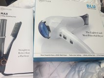 Instyler - Blu Turbo Blow dryer & Rotating Iron NEW in Baytown, Texas