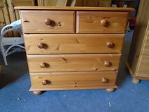 Pine chest of drawers in Lakenheath, UK
