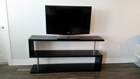 "LIKE NEW CONTEMPORARY 5' 4"" BLACK SHELVING UNIT IDEAL FOR FLAT SCREEN TV, BOOKS, COLLECTIBLES... in Tampa, Florida"