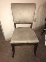 Set of 4 Dining Room Chairs in Hinesville, Georgia