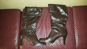 New Trollop 9m knee high boots in Travis AFB, California