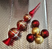 Red and Gold Christmas Tree Decorations. Set of 6. in Okinawa, Japan