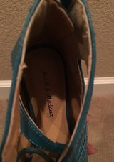 Mark & Maddux Sandals Teal Size 5 1/2 in Vacaville, California