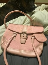coach purse (pink) in Fort Leonard Wood, Missouri