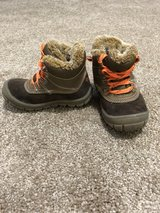 Winter boots toddler size 8 in Norfolk, Virginia