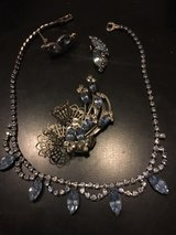 Beautiful necklace, broach and earrings set in Ramstein, Germany