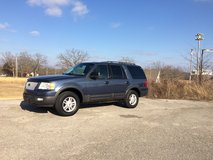 2005 Ford expedition in Fort Leonard Wood, Missouri