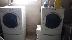 Front load washer and dryer in Cincinnati, Ohio