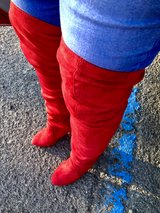 Thigh High Boots in Alamogordo, New Mexico