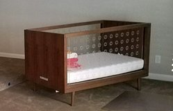 Ubabub Nifty 3 in 1 crib in Pearland, Texas