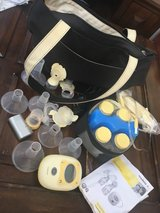 Medela freestyle mobile double electric breast pump in Chicago, Illinois