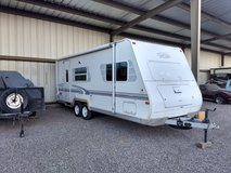 23 ft. 2000 trail lite 7230 in Las Cruces, New Mexico
