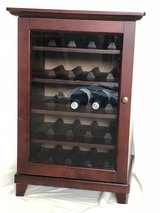 Wine rack good condition in Naperville, Illinois