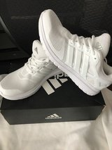 NIB Womans Addidas shoes size 10 in Joliet, Illinois