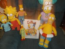 SIMPSONS DOLLS & FAMILY HISTORY BOOK in Yucca Valley, California