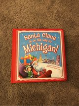 *NEW Santa Claus is on His Way to Michigan in Okinawa, Japan