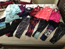 Ladies Activewear - 6-sets, size Small in 29 Palms, California