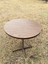 Round Pedestal Table in Leesville, Louisiana
