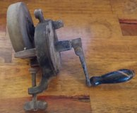 Vintage Grinding wheel hand crank tbl mount in 29 Palms, California