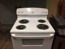 GE Electric Stove Oven in Fort Polk, Louisiana