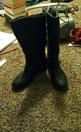 Size 7 Womens Snow Boots in Hill AFB, UT
