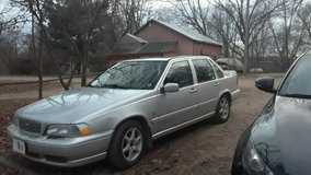99 Volvo S70 in Fort Leonard Wood, Missouri