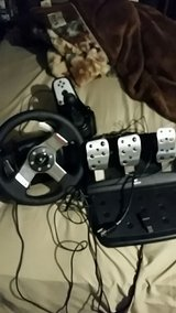 Logitech G27 racewheel in Fort Leonard Wood, Missouri