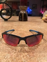 Oakley Sunglasses Like Brand New in Fort Leonard Wood, Missouri
