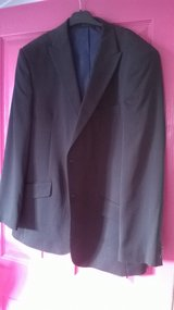 Smart mens suit jacket with white shirt, size 44R in Lakenheath, UK