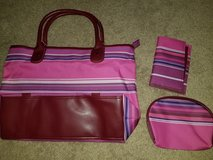Tote/wallet/bag set nwot in Fort Leonard Wood, Missouri