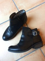 Women's Leather Boots size 8 in Ramstein, Germany