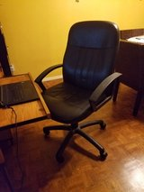 Leather Swival desk chair in Temecula, California