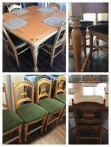 Kitchen table and four chairs in Warner Robins, Georgia