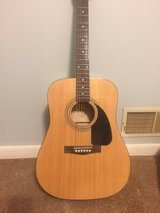 Fender Acoustic FA-100 in Fort Campbell, Kentucky