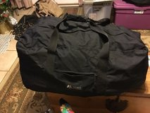Everest Black Bag Luggage in Fort Campbell, Kentucky