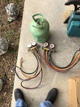 2 sets of Hvac Gauges and a R22 can in Fort Knox, Kentucky