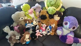 Stuffed animal lot in Leesville, Louisiana