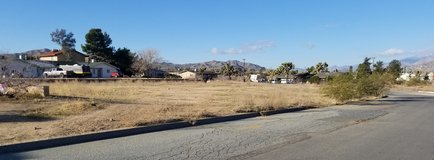 Yucca Valley Corner lot zoned for 6 units in 29 Palms, California
