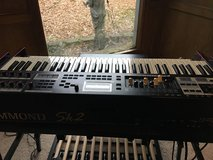 LiKe NeW (slightly used) SK2 Hammond 61 Keyboard in Spring, Texas
