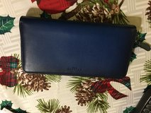 Coach wallet, two toned blue zip accordion,brand new, never used in Camp Lejeune, North Carolina