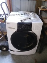 Kenmore HE 3t washer in Fort Leonard Wood, Missouri