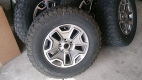 LT 255/75 R17 -X4 Rubicon jeep rims n tires in Nellis AFB, Nevada