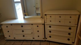 Antique Dresser Set in Fort Polk, Louisiana