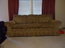 Norwalk sofa in Cadiz, Kentucky