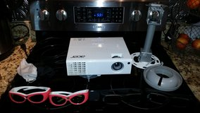 Acer 3D Home Theater Projector in Camp Lejeune, North Carolina