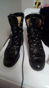 JUSTIN LACE UP WOMENS SIZE 5 BOOTS GREAT SHAPE in Moody AFB, Georgia