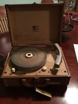 RCA VICTROLA RECORD PLAYER in Fort Campbell, Kentucky