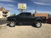 2005 DODGE RAM  1500 WITH LIFT in Fort Leonard Wood, Missouri