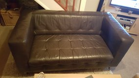 2 seater leather sofa in Lakenheath, UK