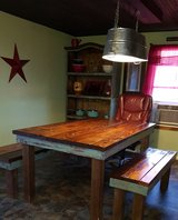Table with 2 benches in Lawton, Oklahoma